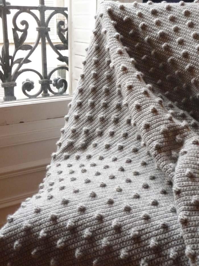 Le point noisettes au crochet petite sittelle - Modele plaid tricot gratuit ...